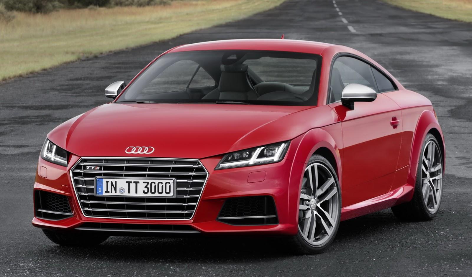 Audi TTS - спортивный автомобиль с 4 сиденьями