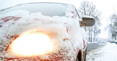 Как вытащить машину из снега