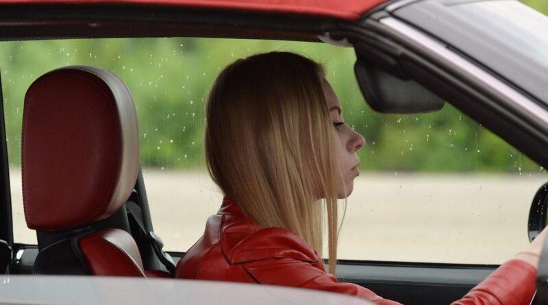 Парковка задним ходом – пошаговая инструкция для начинающих водителей